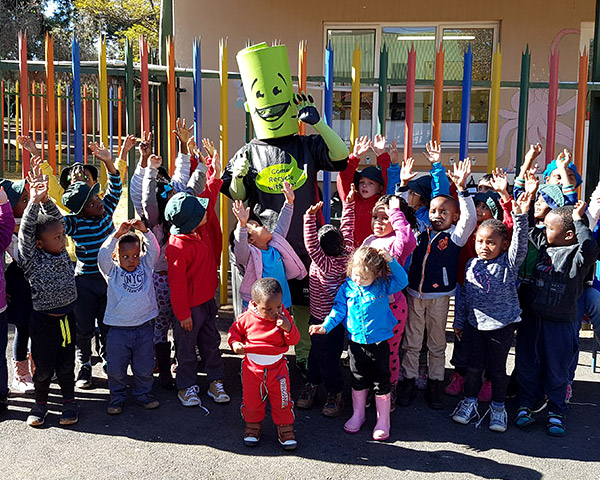Ronnie Recycler visits Treasure Tots Modderfontein